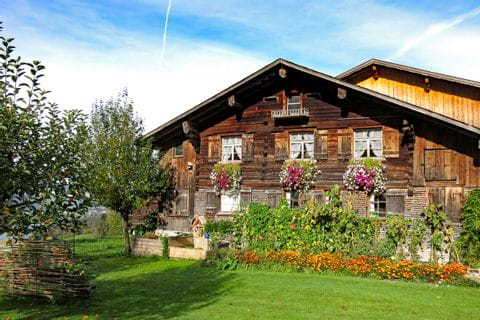 Traditionelles Vorarlberger Berghaus