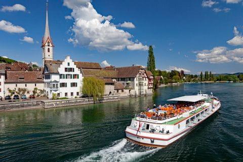 Ausflugsboot bei Stein am Rhein