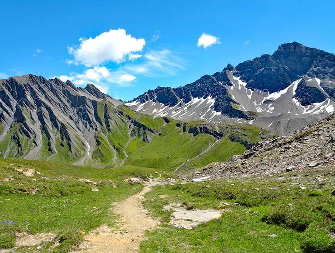 Beeindruckende Bergwelt im Dreiländereck